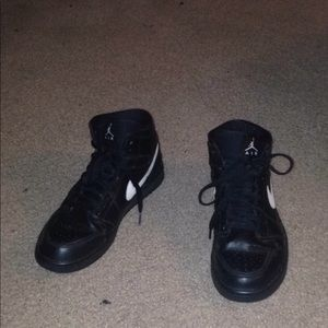 Jordan 1 Black and White
